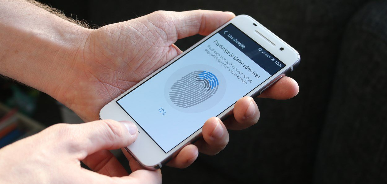 Smartphone fingerprint